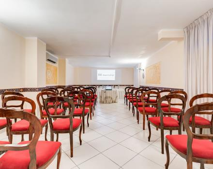 Discover the meeting services at Europa Stabia Hotel, 4 star hotel in Castellammare di Stabia!