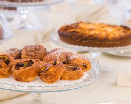Check out the breakfast at 4 stars of Europa Stabia Hotel 4 star in Castellammare di Stabia!